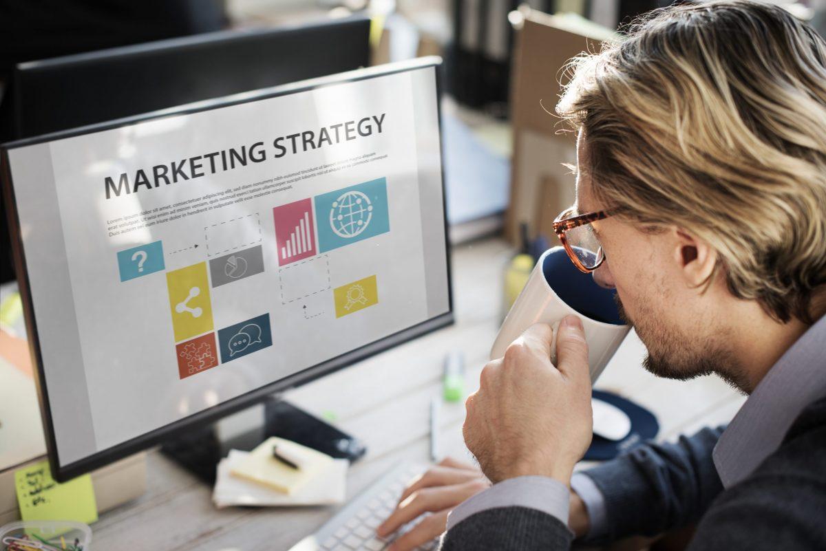 التسويق بوابة نجاح الشركات الناشئة ومفتاح تحقيق أهدافها