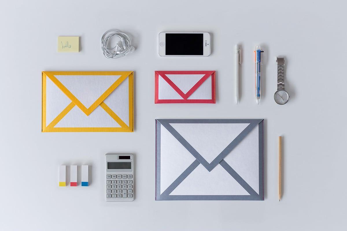 النشرة البريدية